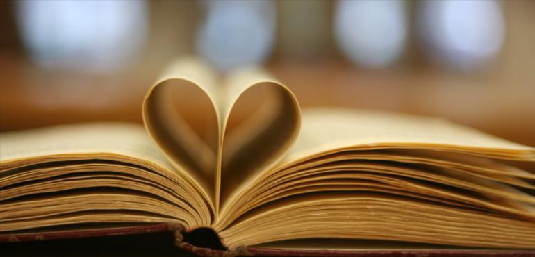 Har du läst en bok du verkligen gillade? Tipsa andra i bibliotekets bokklubb! Foto: Jose Carlos Norte/CC BY-NC-SA 2.0